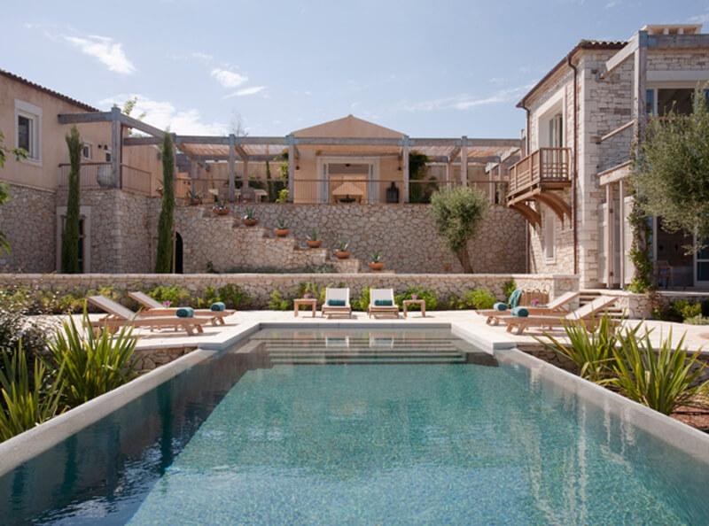 Villa-Amalthea-&-Pelagia-poolside