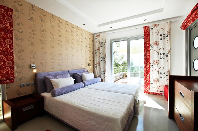 Villa-Pierre-De-Lune-room