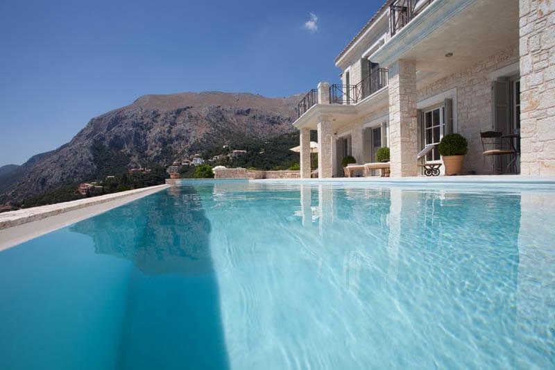 Villa Saudade pool